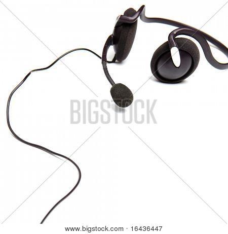 auriculares con micrófono, aislado sobre fondo blanco
