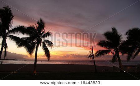 Puesta de sol de Tahití