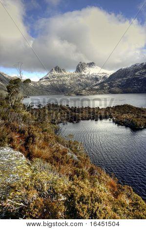 Tasmania's Cradle Mountain and Dove Lake