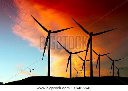 Silueta de granja de viento