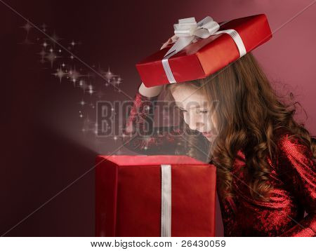 litle girl open red gift box