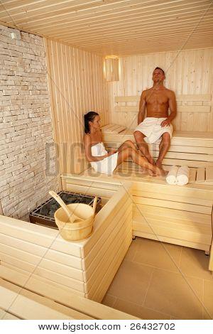 ¿Par relajarse en la sauna de viaje de bienestar, disfrutando de programa healthy.?
