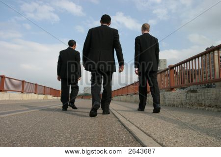 Groom Walk
