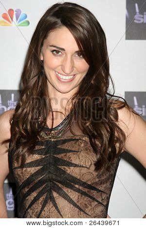 LOS ANGELES - NOV 28:  Sara Bareilles arrives at the NBC's