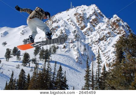 Big Air Snowboarder