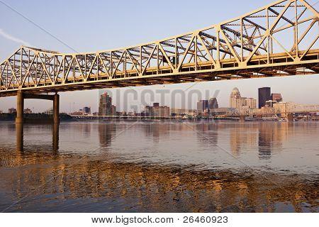 Ponte amarela em Louisville