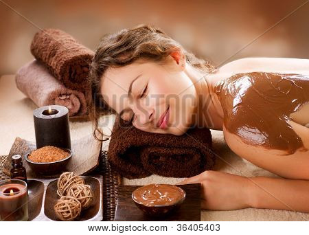 Spa-Schokolade zu verschleiern. Luxus-Spa-Behandlung