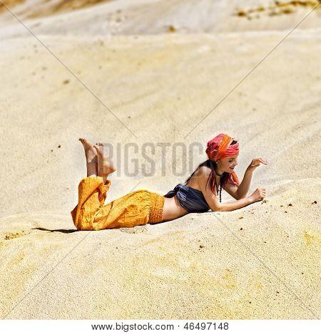 Sultana in the desert