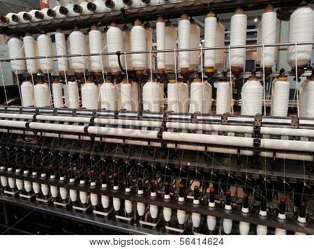 Warping machine in a textile mill