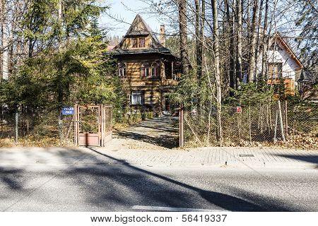 Pension Zameczek In Villa Dora