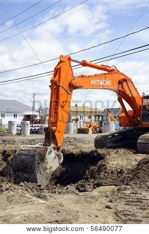 Hitachi Orange Digger And Deep Hole