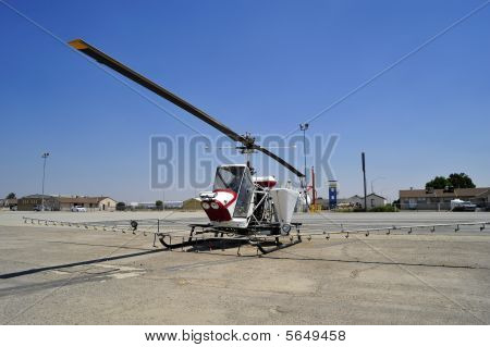 Helicopter Crop Dister