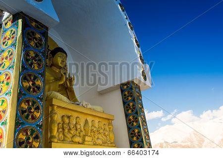 Buddha statue on Shanti Stupa