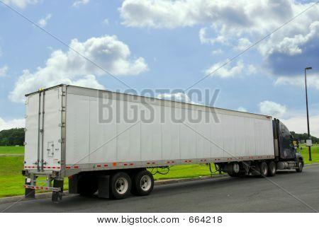 Camión de 18 ruedas
