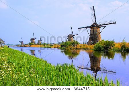 Dutch windmills of Kinderdijk