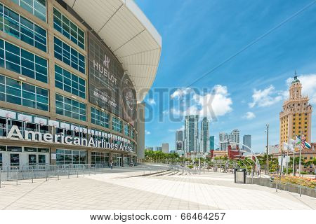MIAMI,USA - MAY 27,2014 : The American Airlines Arena, home of the Miami Heat professional basketball team with a view of Downtown Miami