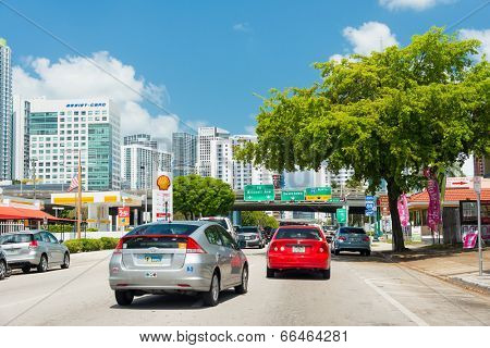 MIAMI,USA - MAY 19,2014 : Traffic flowing from the famous 8th street in Little Havana into downtown Miami