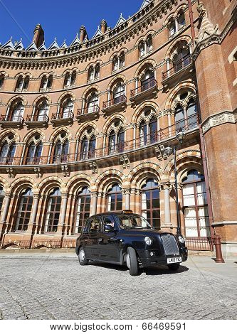 A London Taxi Or 'black Cab' At St.pancras