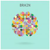 foto of left brain  - Creative jigsaw left and right brain on background - JPG