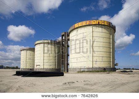 Abwasser-Behandlung-silos