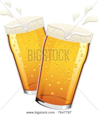 Vector pints of beer toasting