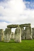 pic of stonehenge  - The Stonehenge historic monument in England - JPG