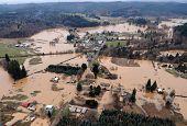 foto of flood  - CHEHALIS - JPG