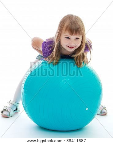 The girl with fitball