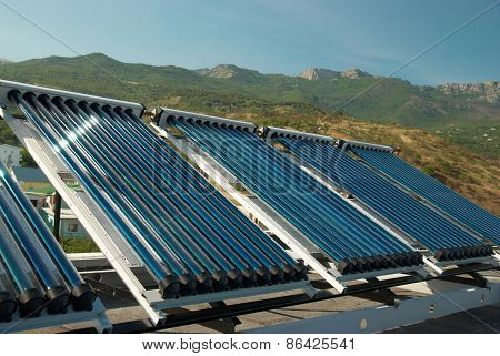 Vacuum Solar Water Heating System