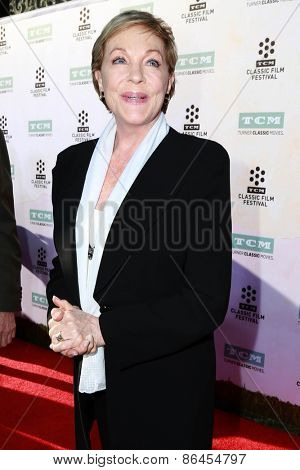 LOS ANGELES - MAR 26:  Julie Andrews at the 50th Anniversary Screening Of