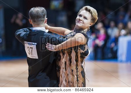 Minsk, Belarus-february 14, 2015: Senior Dance Couple Of Yaroshevich Andrey And Kovaleva Svetlana Pe
