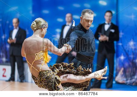 Minsk, Belarus-february 14,2015: Professional Dance Couple Of Divtsov Dmitrii And Gribkova Mariya