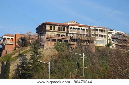 Old Tbilisi. Residential buildings in the Avlabar area