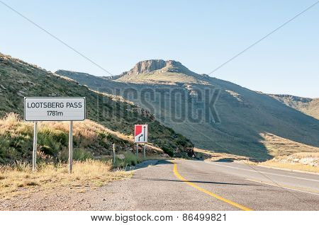 Lootsberg Pass Between Graaff Reinet And Middelburg In South Africa
