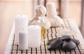 picture of stone-therapy  - Spa therapy - JPG