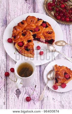 Green Tea And Pie From Fresh Berries