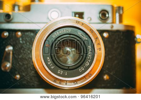Zorki 2-S is small-format rangefinder camera introduced in 1956 by KMZ factory in Russia.