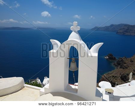 Santorini Island Greece - Beautiful Typical House With White Walls And Blue Sea