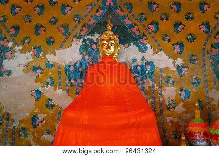 Buddha Statue at Wat Arun (Arun Temple) in Bangkok