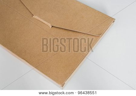 Mail package, made of recycle paper