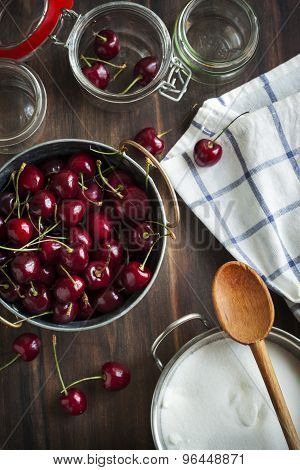Sweet cherry. Ingredients For Sweet Cherry Jam