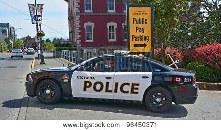 Victoria police car