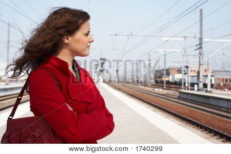 ein Zug warten