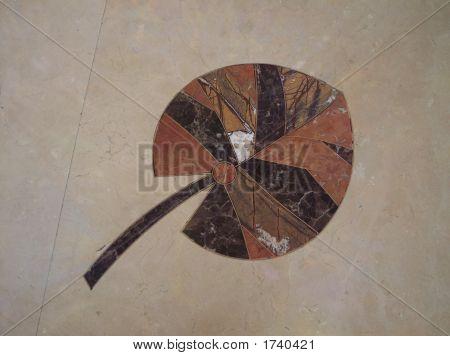 Leaf Floor Decoration