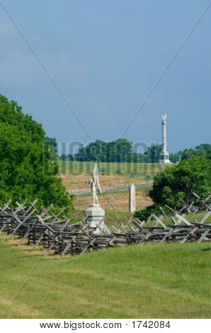 Battlefield Monuments And Cannon