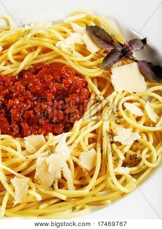 Spaghetti with Bolognese Sauce and Cheese
