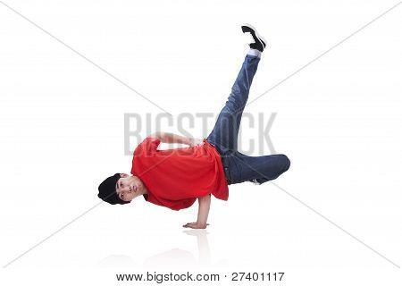 asiatischen Kerl Breakdance, isoliert auf weiss