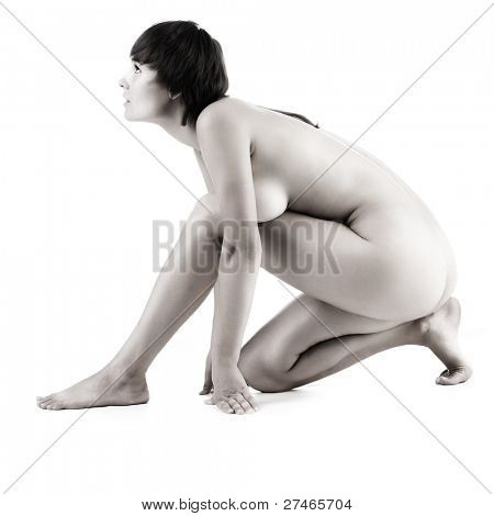 Pose the naked female body in a profile