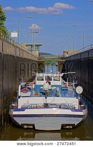 Ship in the lock