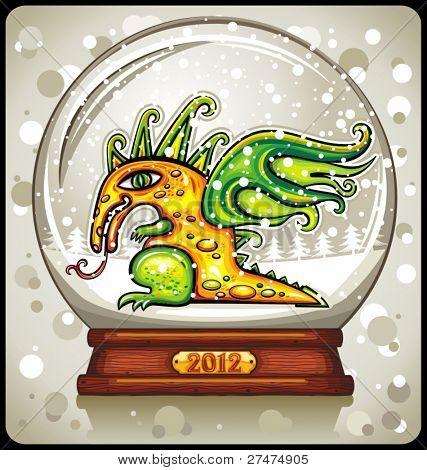 Dragão, o ano novo chinês 2012, dentro da cúpula de neve ou bola de cristal mágica. Bonito feliz ano novo